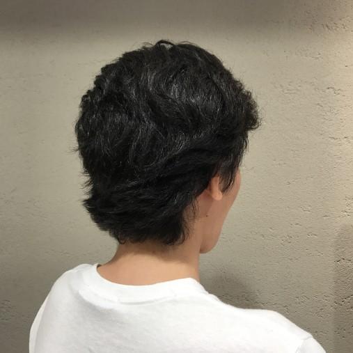 メンズのくせ毛の髪型