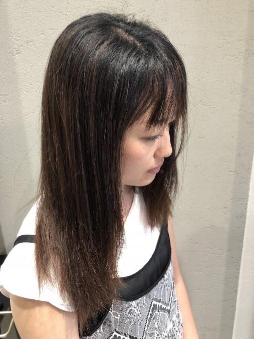 くせ毛の波状毛が伸びている状態